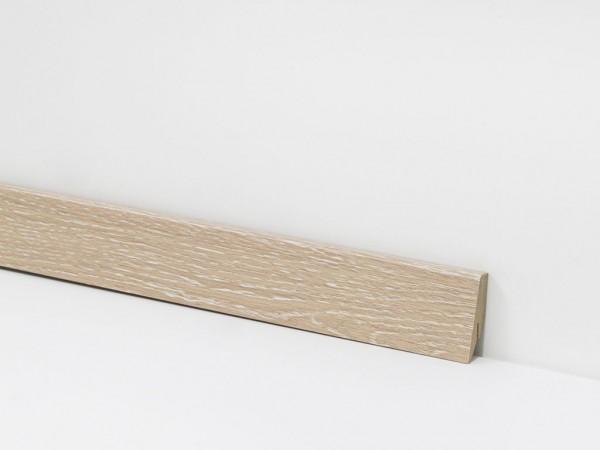 Check Vinyl Sockelleiste Nr. 2425 mit 18 x 58 x 2400 mm abgestimmt zum Dekor Kurl Eiche