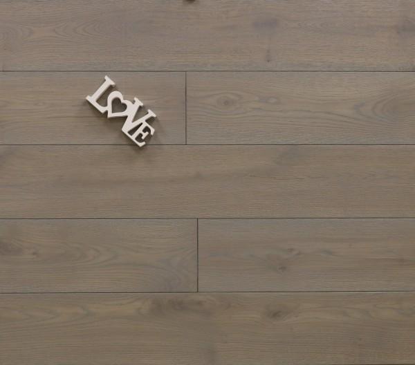 Holzdielen Eiche, mit Rubio Monocoat R323 silver grey geölt, Systemlängen, massiv, Kanten gefast, Nut / Feder Verbindung, Sonderanfertigung nach Kundenwunsch