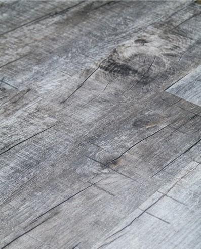 Klick Vinyl mit integrierter Trittschalldämmung, Futura Floors Manchester, 6,5 x 175 x 1210 mm, Kanten gefast, Nutzungsklasse 33/42, Nutzschicht 0,5 mm, in Holzoptik mit stabiler SPC Vinyl Trägerplatte