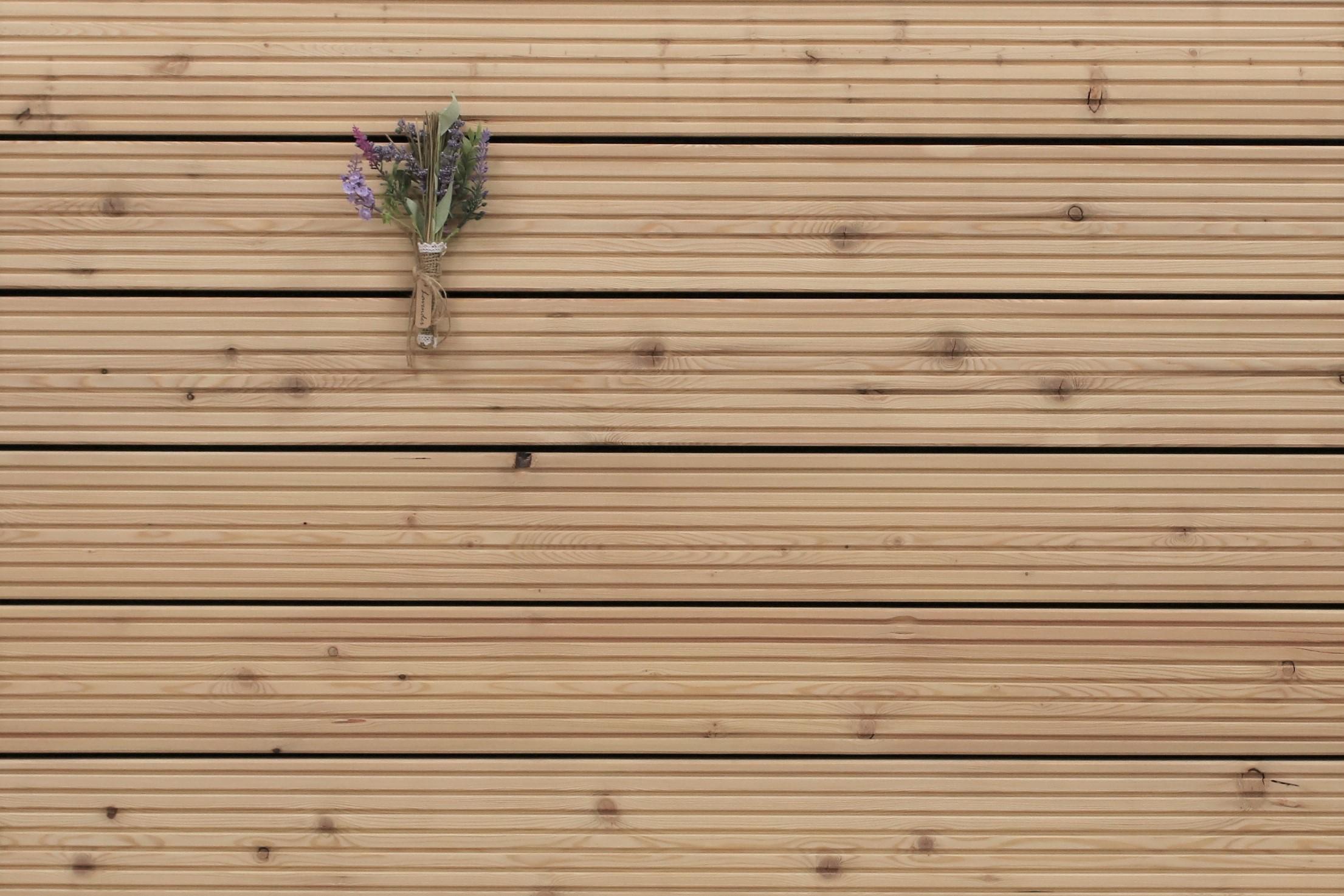 Sibirische Lärche Holz Dielen für die Terrasse, 5,90 €/lfm, grob genutet, 27 x 143 bis 6000 mm, Terrassendielen Bretter