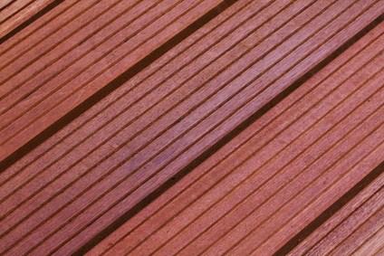 Massaranduba Holz Dielen für die Terrasse, 8,90 €/lfm, Premium (KD) grob genutet, 25 x 145 bis 5490 mm, Terrassendielen Bretter