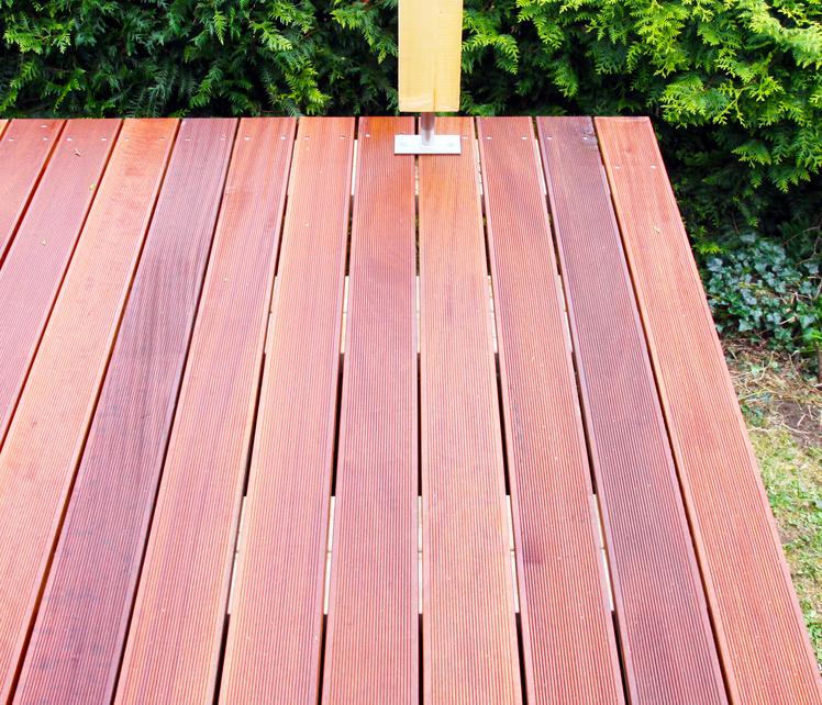 Massaranduba Holz Dielen für die Terrasse, 8,90 €/lfm, Premium (KD) fein gerillt, 25 x 145 bis 5490 mm, Terrassendielen Bretter