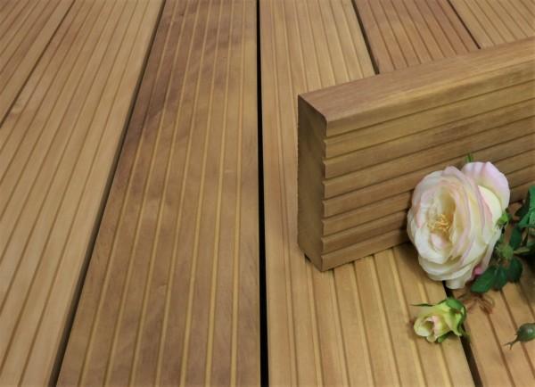 Terrassendielen Garapa Premium (KD) 45 x 145 bis 6100 mm, grob genutet für 19,90 €/lfm