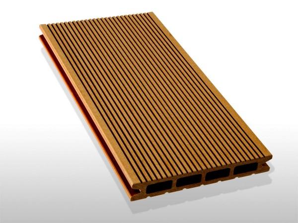 WPC Dielen Hohlkammer, Oberfläche fein gerillt, Farbton hellbraun, 22 x 146 bis 4800 mm für 5,30 €/lfm