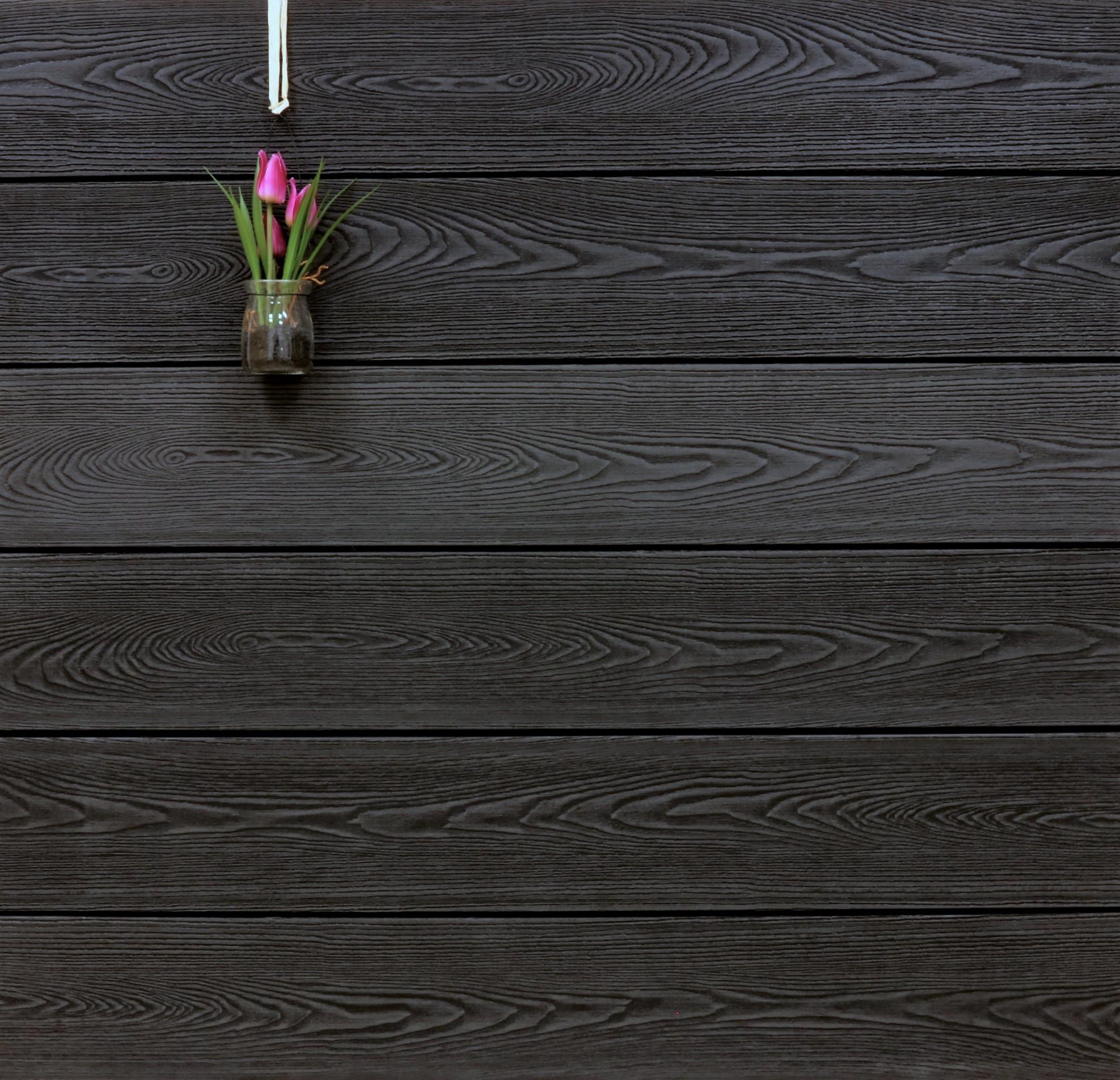 WPC Dielen massiv, Oberfläche mit Struktur in Holzoptik, Farbton anthrazit, Vollprofil, 22 x 143 bis 4800 mm für 9,90 €/lfm