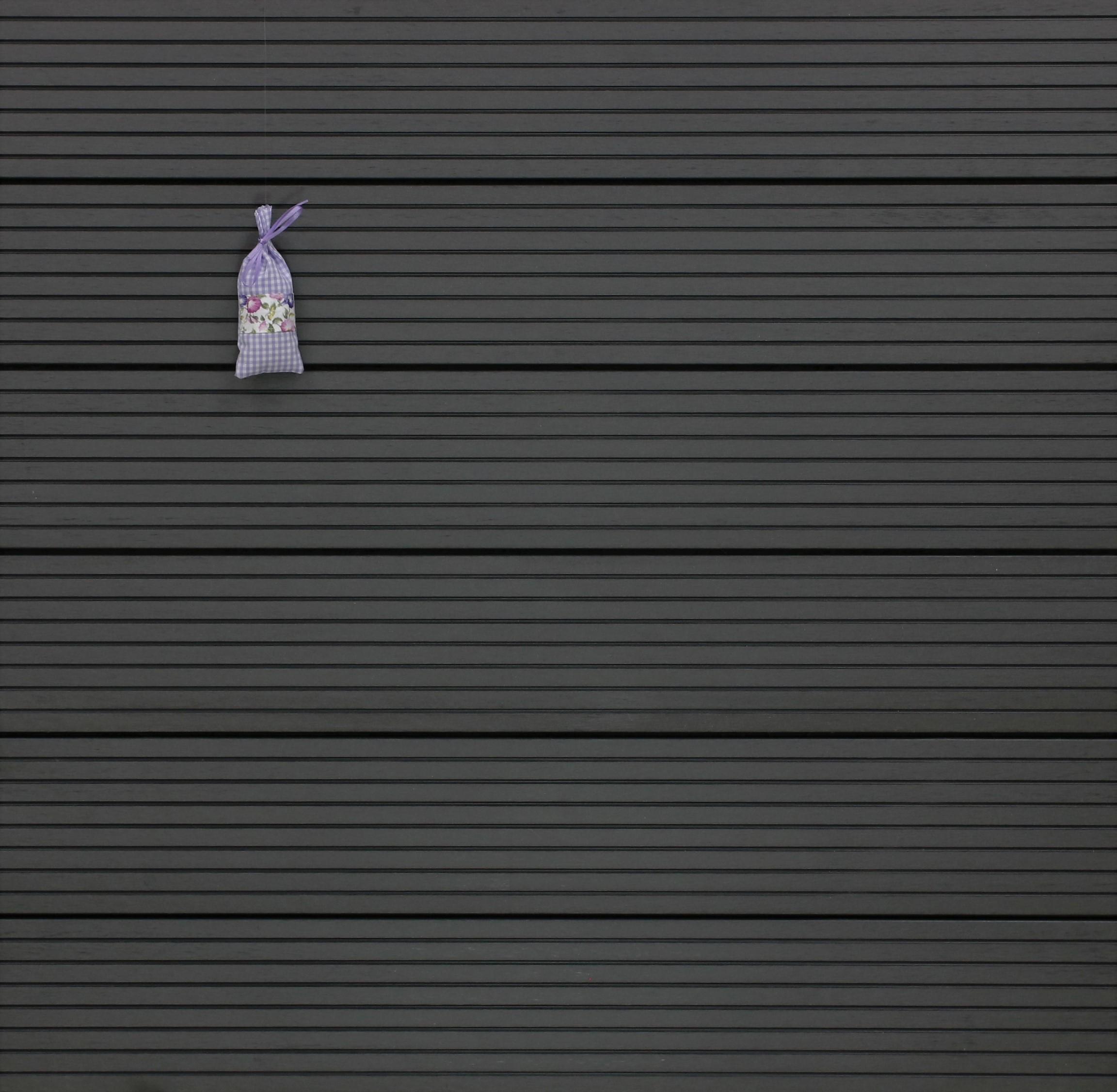WPC Terrassendielen massiv, Oberfläche grob genutet, Farbton dunkelgrau, 22 x 143 bis 4800 mm für 8,95 €/lfm