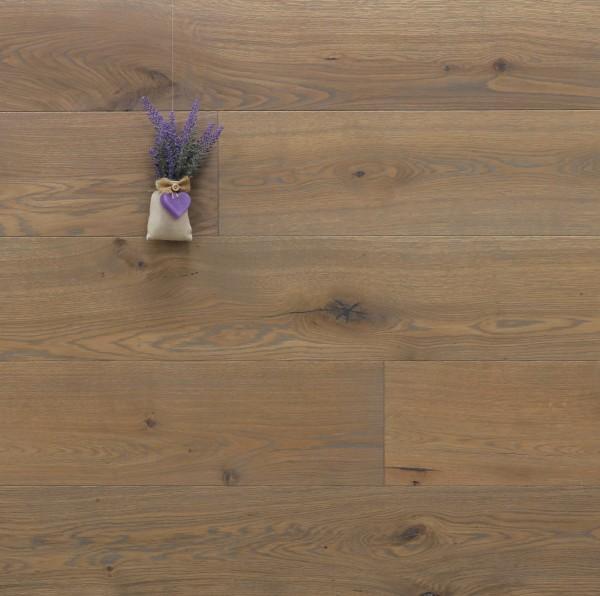 Parkett Eiche Vaucluse aus der Serie Provence, gebürstet, mit Rubio Monocoat R310 Gris Belge geölt, Välinge 5G Klick Verbindung, Sonderanfertigung nach Kundenwunsch, 14 x 190 (220) x 1900 (2200) mm