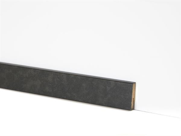 Check Vinyl Sockelleiste Nr. 2123 mit 18 x 58 x 2400 mm abgestimmt zum Dekor Styrum Travertin